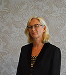 <b>Stephanie Bates</b> <br><h4>Trustee</h4></br>