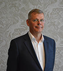 <b>Simon Perks</b> <br><h4>Trustee</h4></br>