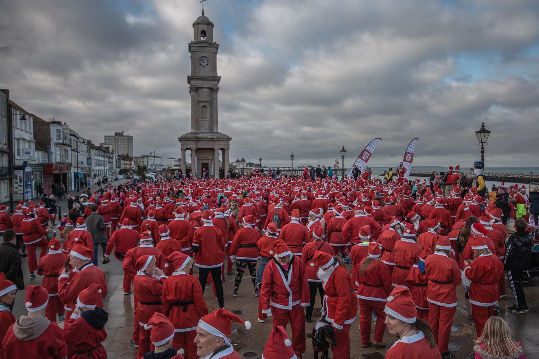 Santas on the Run!